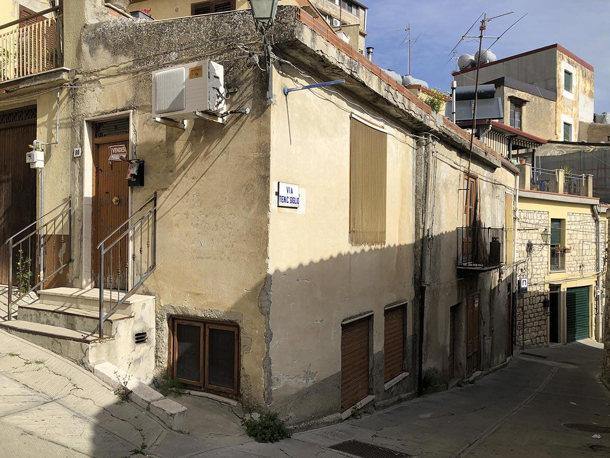 main Casa Giglio 80