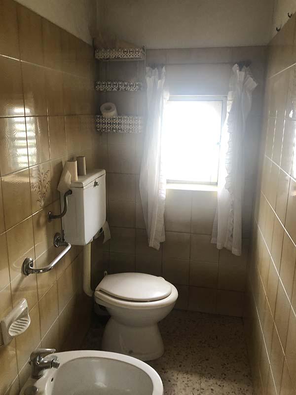 casa 18-64 bagno